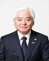 山䕃 栄<
